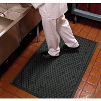 TRACTION HOG Slip-Resistant Floor Mat