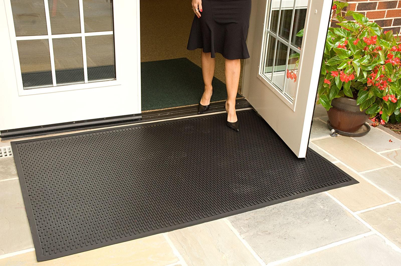 SCRAPEMAT RUBBER Outdoor Entrance Floor Mat | Floor Mat ...