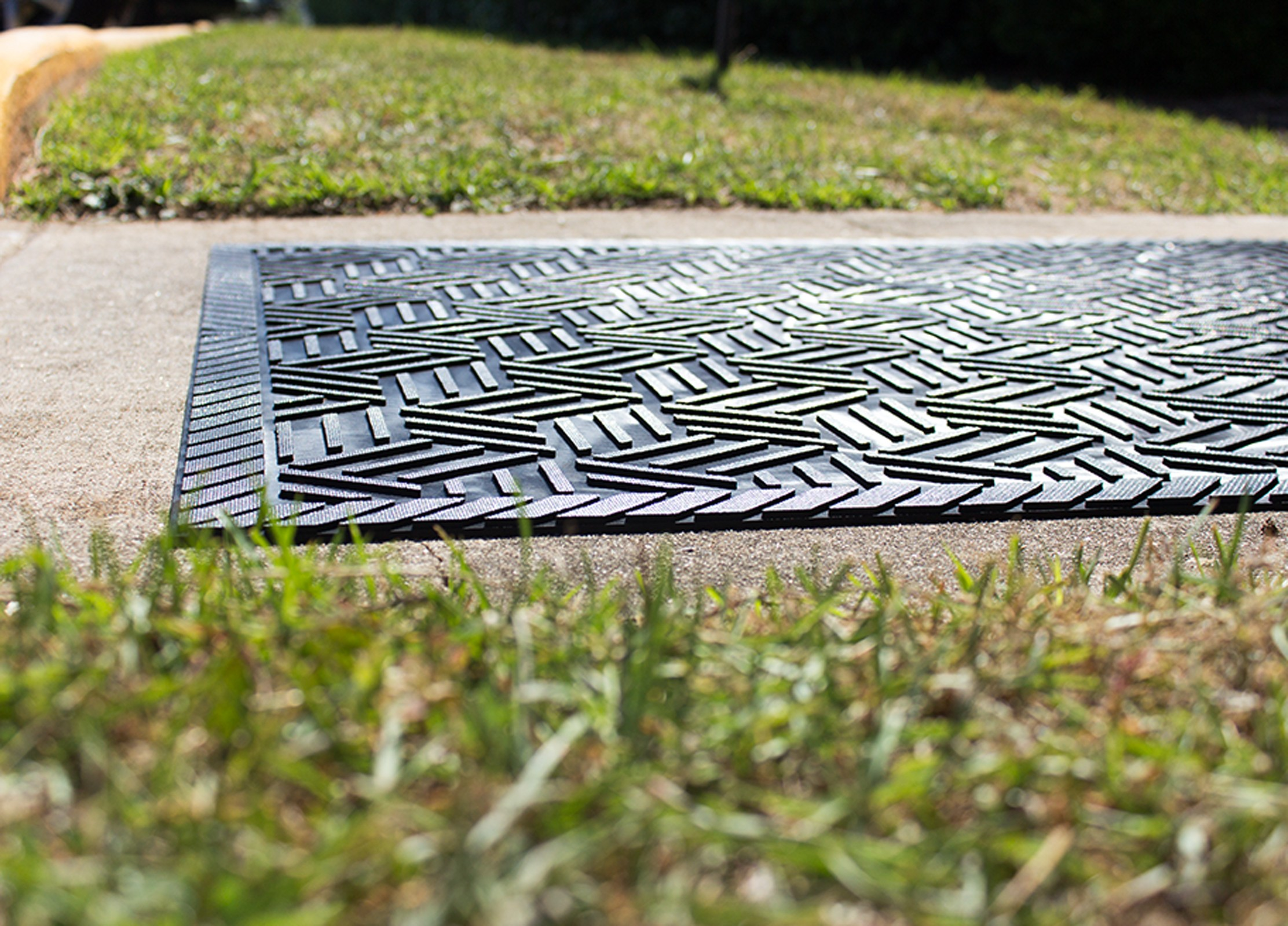 Su Drainable Rubber Outdoor Entrance Floor Mat Systems