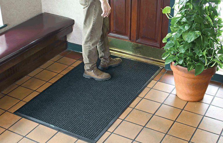 Waterhog Indoor / Outdoor Commercial Entrance Mat